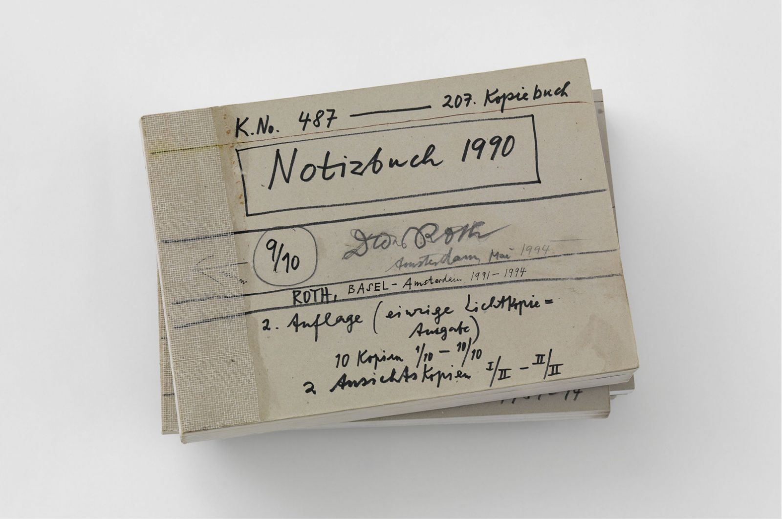 Dieter Roth, Copy Book (No. 487) Notizbuch 1990 (Notebook 1990 – Taccuino 1990) | published by Dieter Roth Verlag, Basel, Amsterdam, 1991-94 | photo: Stefan Altenburger Photography Zürich | © Dieter Roth Estate | Courtesy Hauser & Wirth